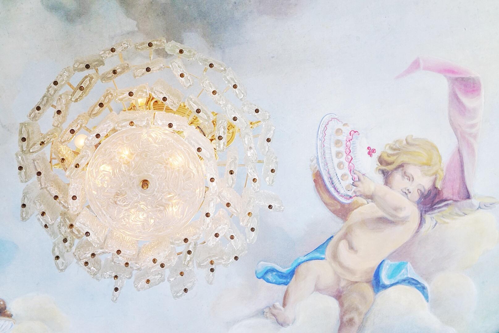 Anioł, pełen cukru demon i kryształy, czyli La Mecerie