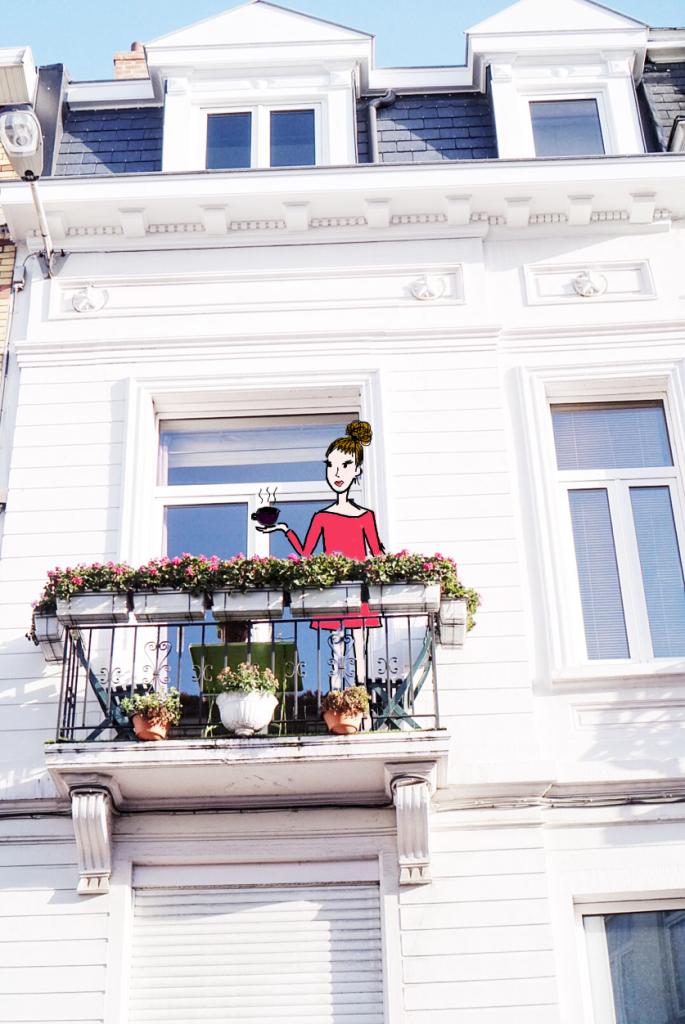 Może kawy? Na ślicznym, pełnym słońca balkonie?