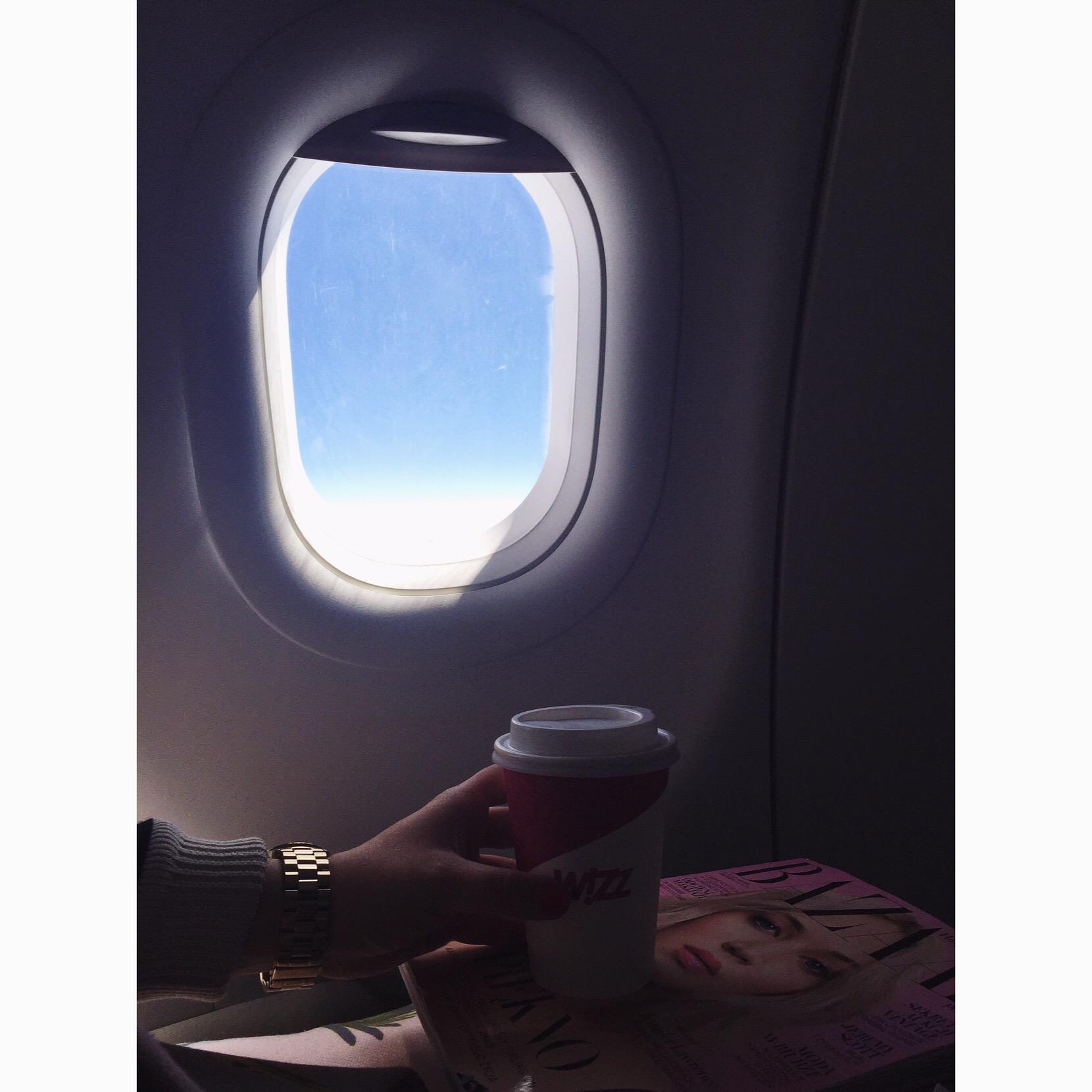 I znów samolot